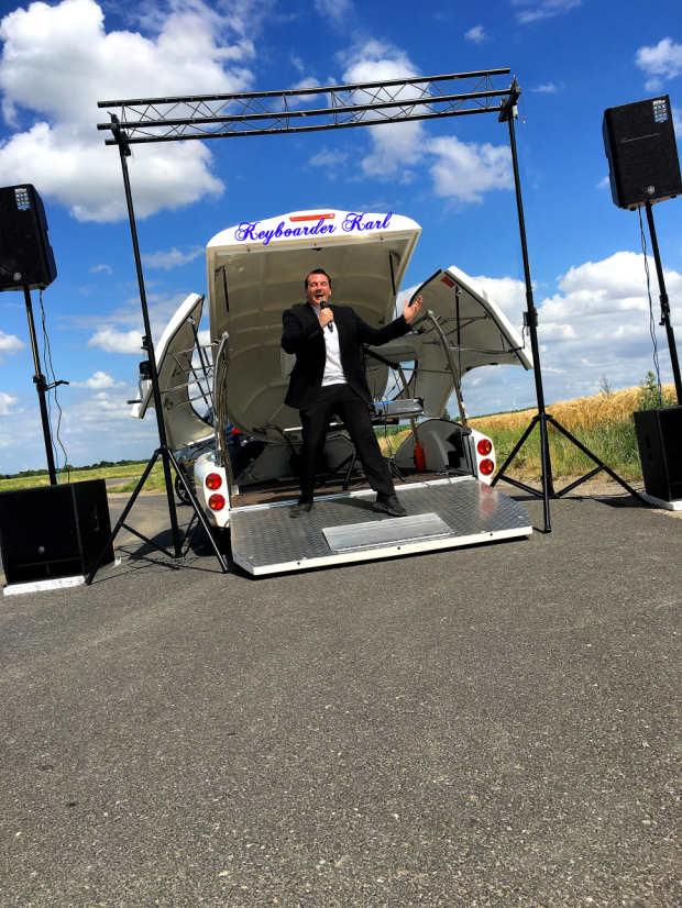 Alleinunterhalter Düren - DJ Düren Show Truck